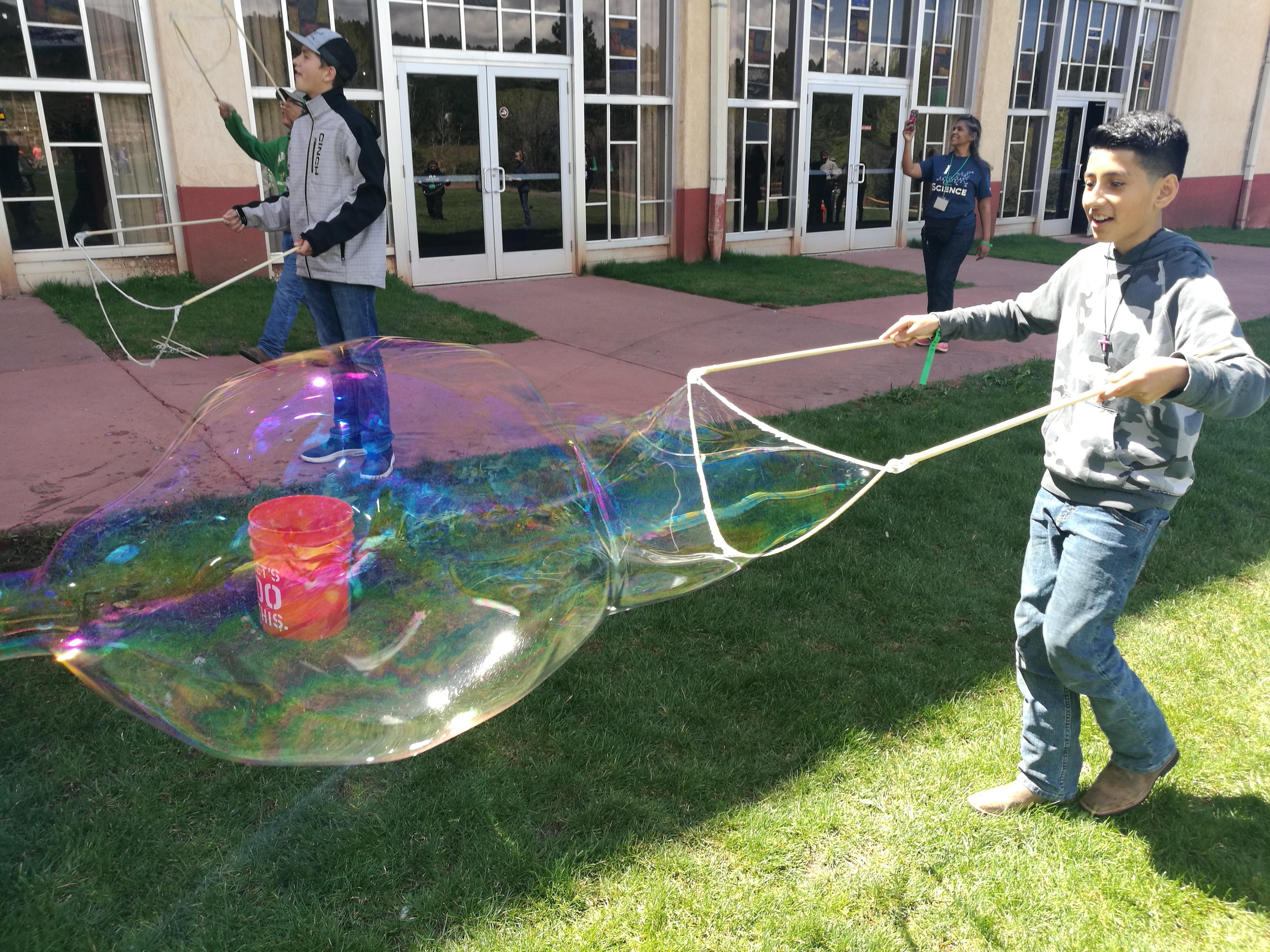 Guar Giant Bubble Workshop