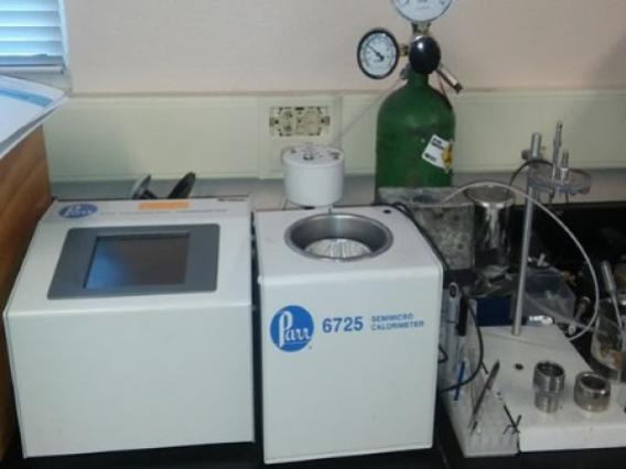 Bomb calorimeter used to measure bagasse energy content as higher heating value (HHV)